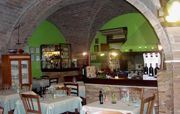 Inside Ai Vecchi Sapori